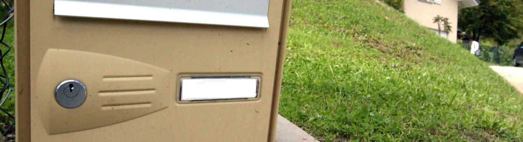 Plaque boite aux lettres : indispensable pour les résidents