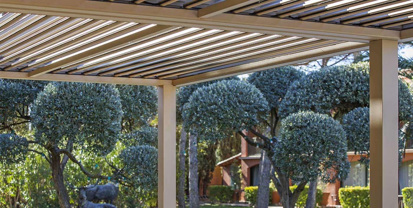comment faire une pergola. Black Bedroom Furniture Sets. Home Design Ideas